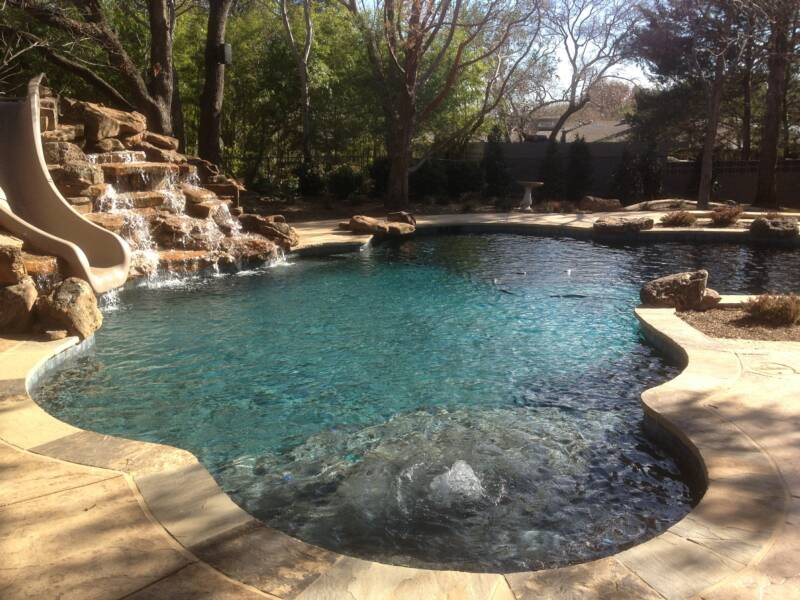 Tanning ledge for Pool design with tanning ledge